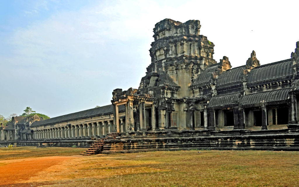 image.slides/product-details/AAHDXX//angkor-wat-temple-1.jpg